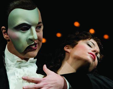 Fantoma de la Operă. Musicalul bate filmul