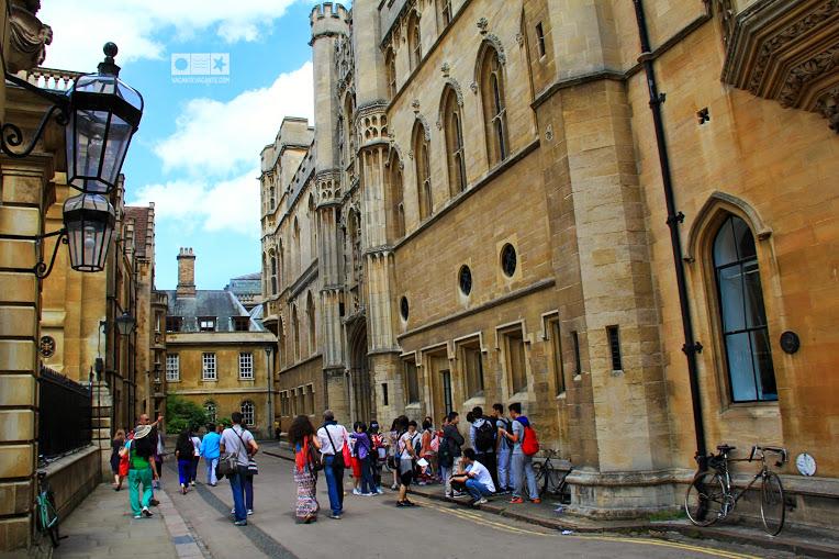 Cambridge, universitati