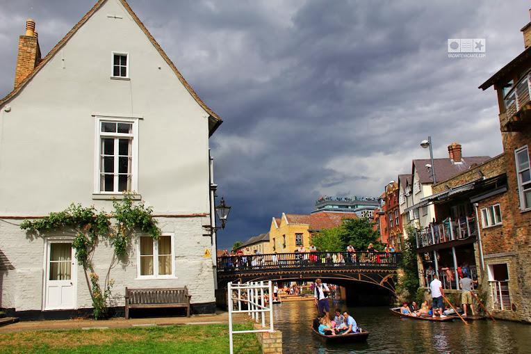 Cambridge, plimbare cu barca pe rau