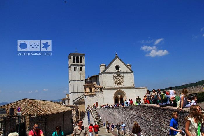Assisi, sfânta Umbria turistică